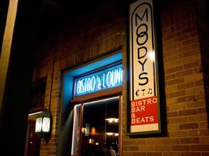Moody's Bistro Bar & Beats